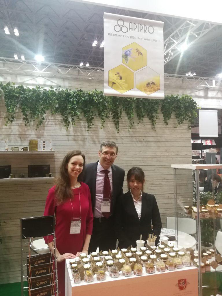 """Pažintis su Rūmų nariais: UAB """"Apiproduktai"""" – viena pagrindinių bičių  produktų supirkimo ir eksporto įmonių Lietuvoje"""